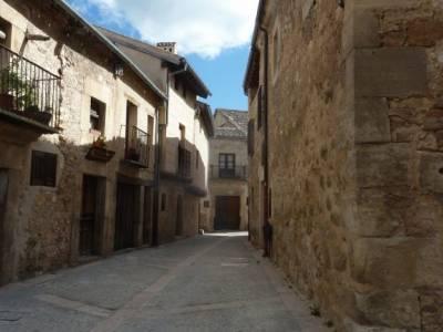 Río Cega,Santa Águeda–Pedraza; fuentes del narcea madrid en ruta sierra de madrid pueblos